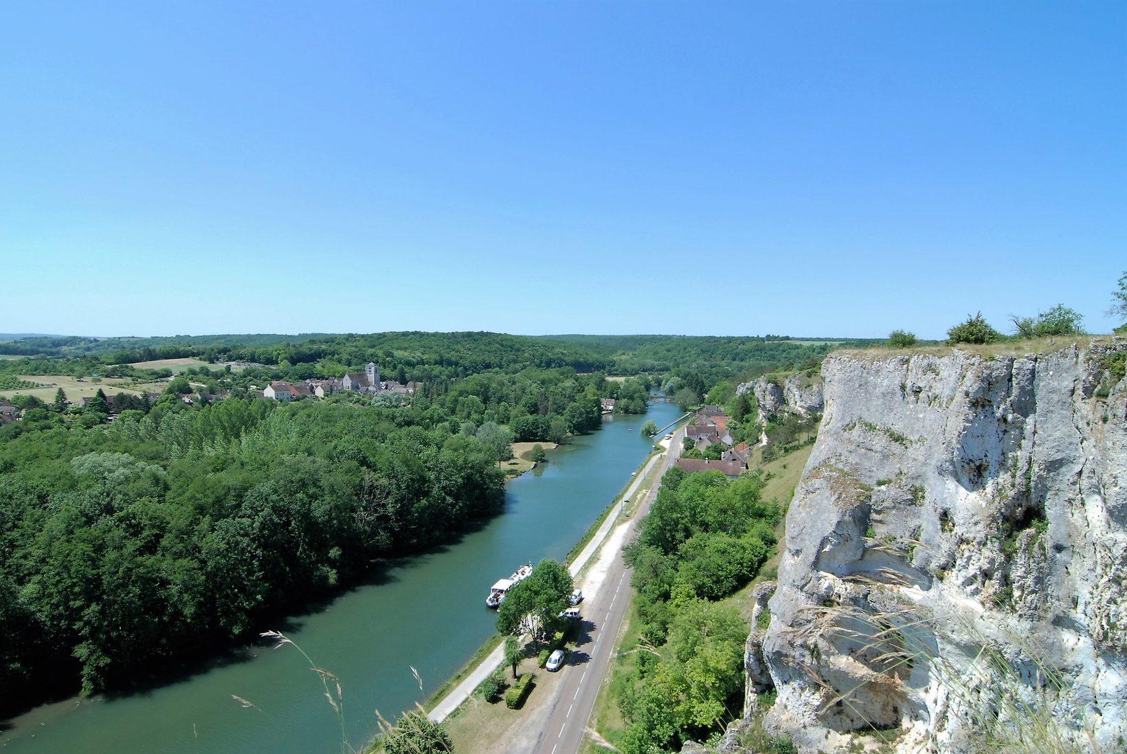 Canal du Nivernais Roches Saussois