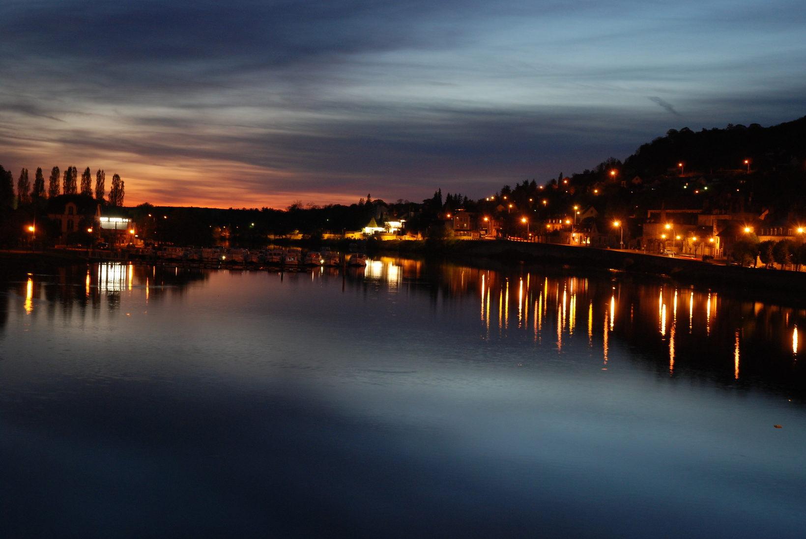 Joigny River Yonne